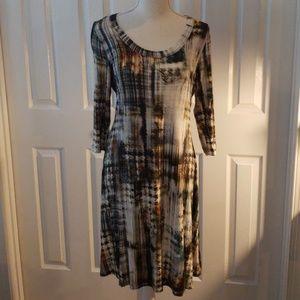 Karen Kane 3/4 sleeve dress